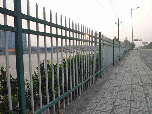 锌钢护栏(三横梁)